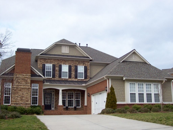Highland Oaks Front Exterior 2