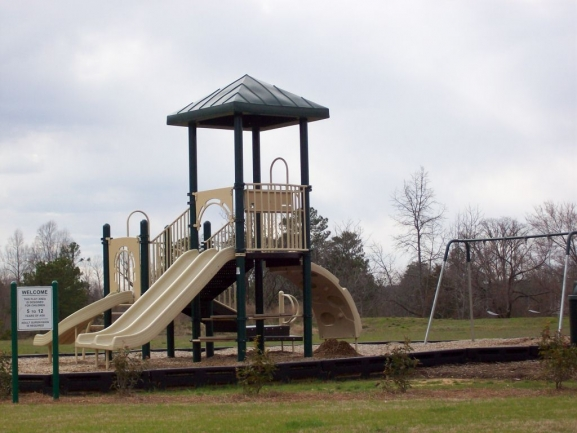 Reynolds Mill playground 2