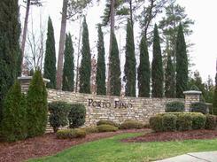 Porto Fino Entrance sign